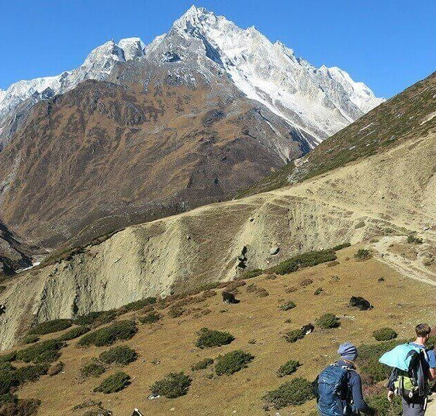 Manaslu Circuit Trek with Tsum Valley 20 days